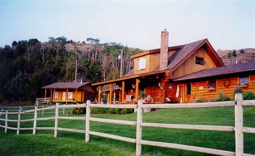 Ranch house & cabin