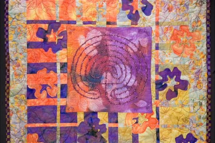 Sally Glutting - Featured Quilter