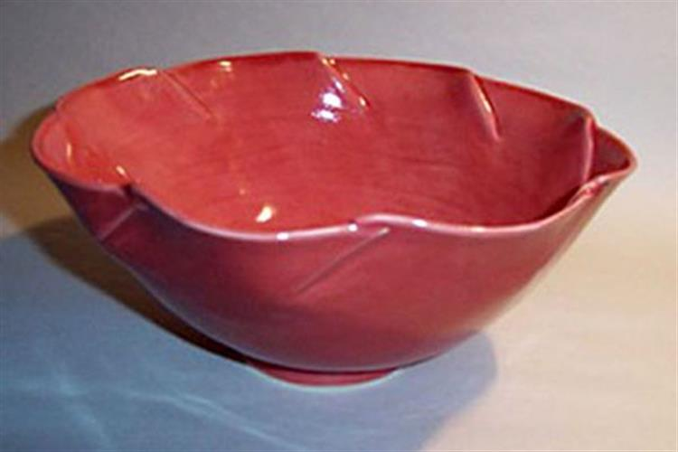 "Iloilo Jones created this bowl, part of the ""Quaker Artists"" exhibit."