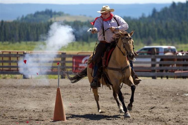 Cowboy Mounted Shooting/2016