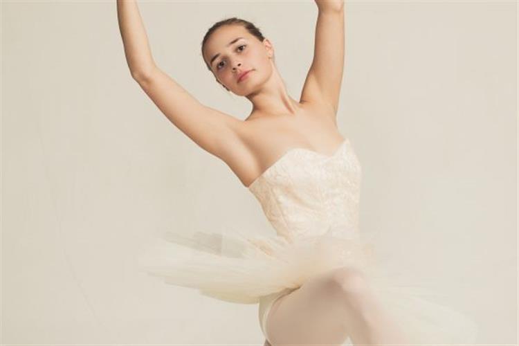 Annie Howeth as the Dew Drop Fairy