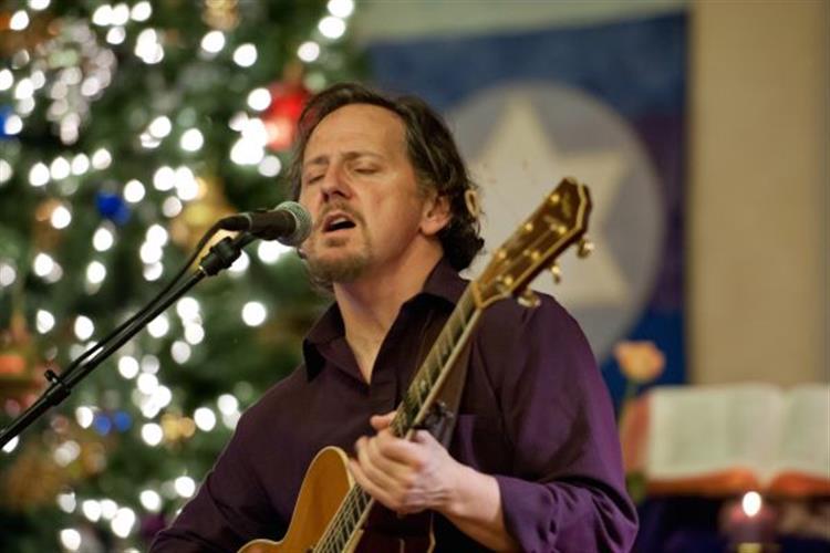 John Floridis brings his holiday tour to several Montana towns.